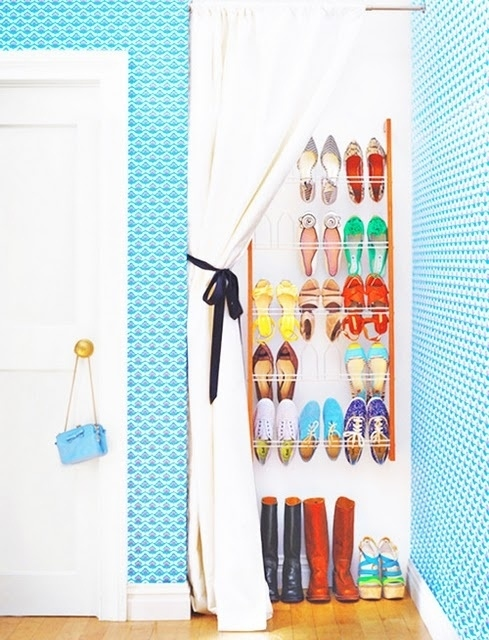 Cover-a-shoe-rack-with-a-curtain