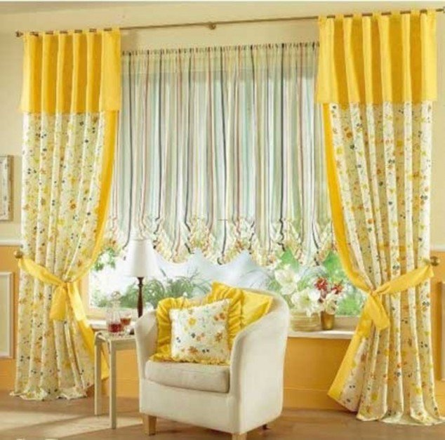 Curtain-Designs-for-Living-Room-with-Bright-Color-634x627