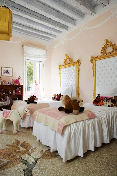 How-to-Pick-the-Right-Bed-for-Your-little-girl-11