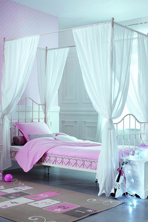 How-to-Pick-the-Right-Bed-for-Your-little-girl-7