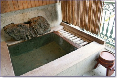 Japanese-Bathroom-Designs-7