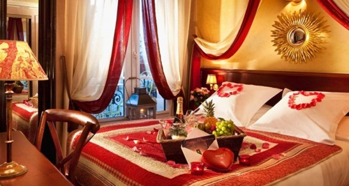 Romantic-Ideas-to-Decorate-Your-Bedroom-for-Valentines-Day-10