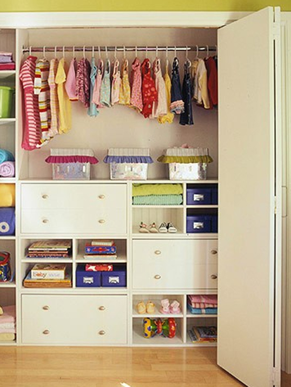 Small-Kids-Room-Storage-Ideas-12