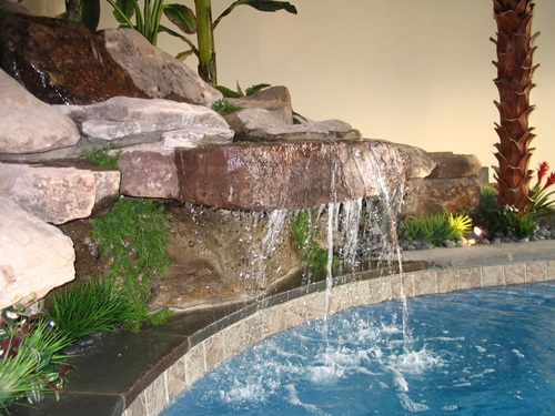Water-Fountains-and-Waterfalls-to-Decorate-your-Home-and-Office-91