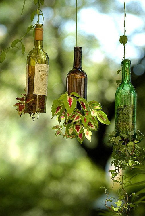 glass-bottle-hanging-garden