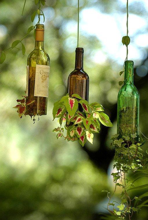glass-bottle-hanging-garden