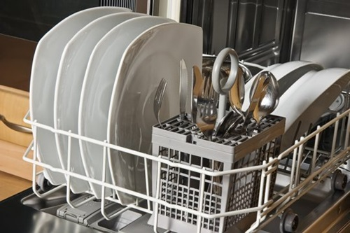 How-to-Clean-and-Maintain-your-Dishwasher-4