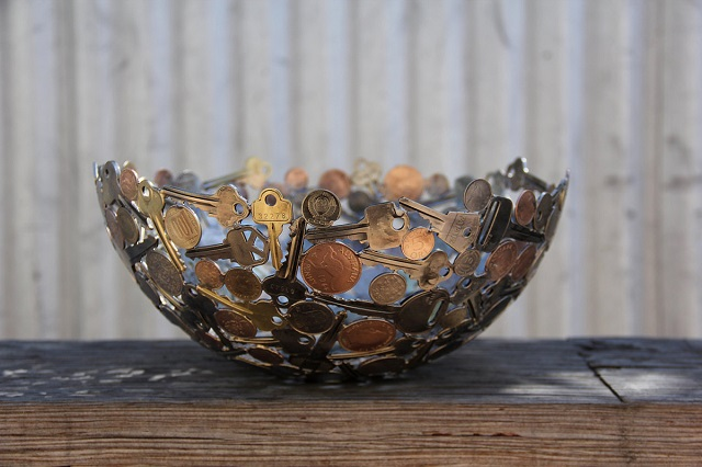 Sculptures-from-Keys-and-Coins-9
