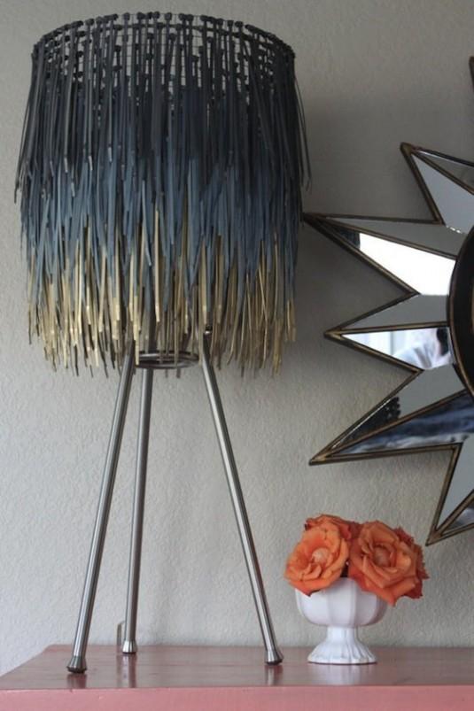zip-tie-lamp-535x803