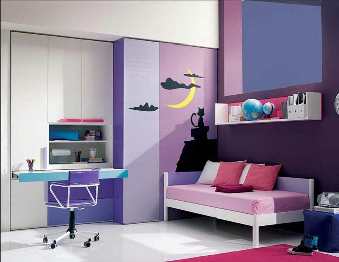 2010-08-purple-decorative-teenage-girl-bedroom