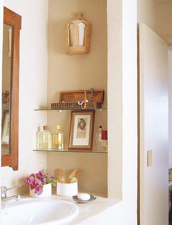 Creative-Storage-Idea-For-A-Small-Bathroom-Organization_10