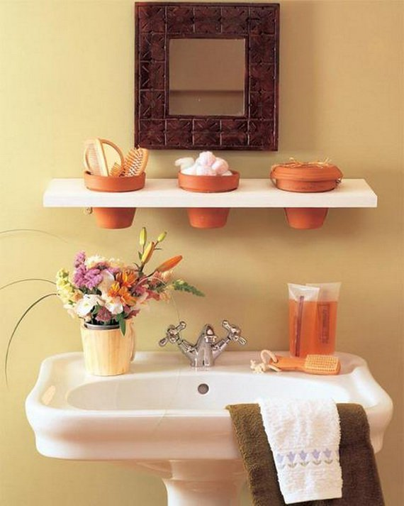 Creative-Storage-Idea-For-A-Small-Bathroom-Organization_21