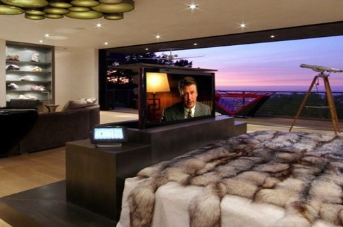 How-to-Choose-the-Suitable-TV-Stand-for-your-Home-14