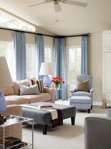 Simple-Curtains-For-Living-Room
