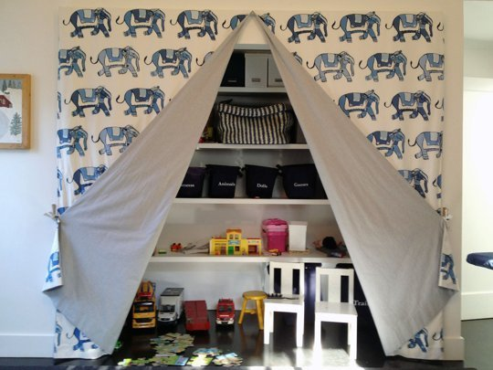 Small-Kids-Room-Storage-Ideas-18