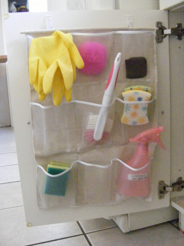 bathroom-storage-DIYs-fresh-fidly-4
