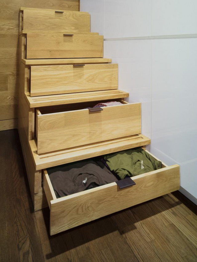 interior-pretty-space-saving-staircase-design-for-small-room-with-wooden-material-and-big-spaces-for-saving-clothes-space-saving-modern-design-640x852