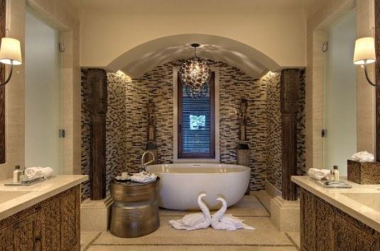 modern-bathroom-golden-535x353
